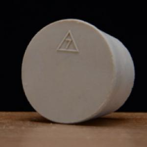 Stopper - #7 Solid Rubber Stopper