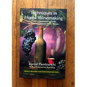 Techniques in Home Winemaking Book