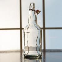 Wine Bottles - 1 Liter Clear Flip Top Grolsch Style Bottles